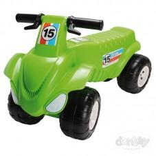 Moto con 4 Ruedas